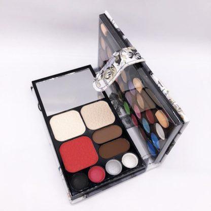 WV33 Vintage wallet makeup set