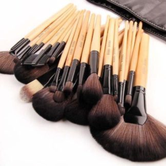 24 st. professionella bambu sminkborstar i fodral